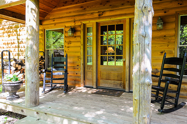 Picture of a luxury cabin front porch
