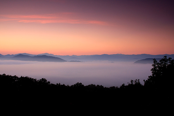 Picture of a sunset in the Smoky Mountains